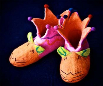 Baby mouse crown shoe